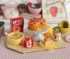 Miniature Baking Pineapple Upside Down Cake