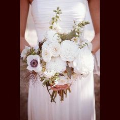 Flowers by @thenouveauromantics for our Sunshine Coast Wedding
