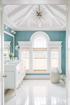 Love the painted ceiling and beams (and light fixture! House of Turquoise: Scott Sanders LLC House Of Turquoise, Coastal Bathrooms, Beach Bathrooms, Master Bathrooms, Beach House Bathroom, Luxury Bathrooms, Family Bathroom, Family Room, Master Bedroom