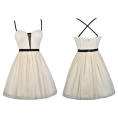This black and ivory tulle dress reminds us of a ballerina!  http://ss1.us/a/XOqJRyFc