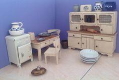 1930s / 1940s German dollhouse kitchen