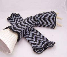 Handknitted Fingerless Mittens Striped mittens Zig by evefashion, £19.00
