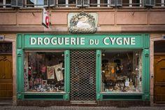 Strasbourg 24 Grand Rue droguerie du Cygne octobre 2013-2 - Droguerie — Wikipédia