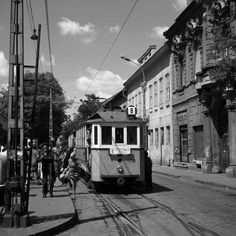 8-as villamos Újpest Budapest, Street View, Train, City, Landscapes, Paisajes, Scenery, Cities, Strollers