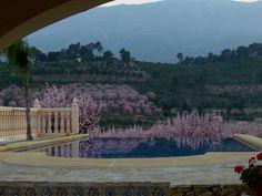 AFBUDSREJSE: SPAR 1.000,00 kr. | Yogaferie og Retreat i Jalon Valley ved Alicante, Spanien | 28. februar - 7. marts 2015 - Munonne
