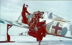 Fw-190 Ww2 Aircraft, Fighter Aircraft, Luftwaffe, Focke Wulf 190, Ww2 Pictures, Ww2 History, Ww2 Planes, Military Photos, Military Equipment