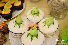 Cute cupcakes at a Dinosaur Party Dinosaur Train Party, Dinosaur Birthday Party, Birthday Parties, Dinosaur Tracks, Birthday Ideas, Cupcakes Baby Shower Niño, Cupcake Party, Shower Cakes, Birthday Cupcakes