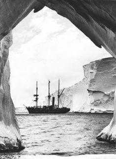 Australasian Antarctic Expedition 1911-14 — Australian Antarctic Division (Photo: Frank Hurley)