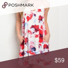 Spring preview! Gorgeous floral dress Stunning floral dress, spring preview! Fully lined! Dresses