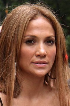 The incredibly beautiful Jennifer Lopez without Photoshop.