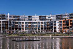 Helsingin Aurinkolahdessa vuonna 2012 valmistuneessa kerrostalossa on käytetty innovatiivisesti puuta.