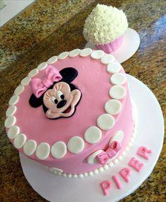 Minnie Mouse Birthday Cake---November 2016