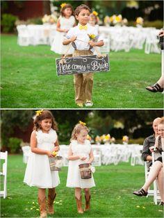 chic rustic here comes the bride sign #farmwedding #oregonwedding #weddingchicks http://www.weddingchicks.com/2014/01/13/summertime-country-wedding/