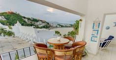 Departamento Charly Manzanillo Located in Manzanillo, Departamento Charly offers a communal outdoor pool. Boasting sea views from its terrace, the apartment features free WiFi in communal areas. La Audiencia Beach is within 700 metres.