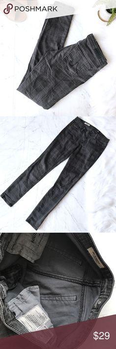 AG Sz 27 the legging jeans skinny gray AG jeans. Sz 27 AG Adriano Goldschmied Jeans Skinny