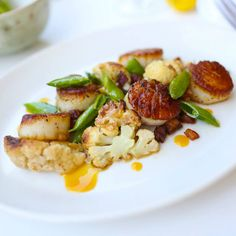 The Greene House  Leave the desert for a quick trip with Cali-inspired cuisine like our Sea Scallops {caramelized cauliflower / snap pea / bacon lardon / citrus vinaigrette}
