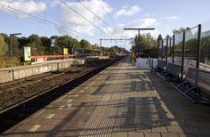 Station Lunetten 2010 Utrecht, Railroad Tracks, Sidewalk, Walkways, Pavement