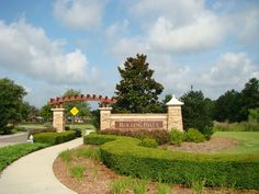 Information about Rolling Hills at Lake Asbury Green Cove Springs, Fl. This includes builder info and homes for sale.