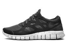 "Nike ""Genealogy of Free"" 10th Anniversary   Black Pack"