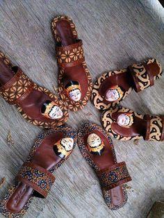 Handmade Sandal Topeng Batik #Handmade #FlipFlops #WalkingHiking