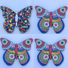 Mosaic Tray, Mosaic Tile Art, Pebble Mosaic, Mosaic Crafts, Mosaic Projects, Mosaic Glass, Mosaic Birds, Mosaic Animals, Butterflies