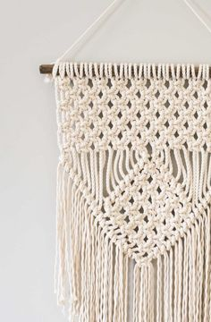 Easy Macrame Projects for the Beginner : How to make three basic knots