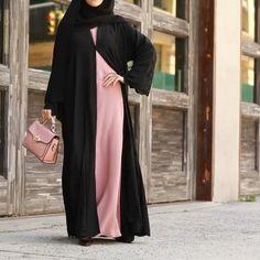 Abaya Fashion, Modest Fashion, Fashion Outfits, Girls Short Dresses, Fancy Dress Design, Frock For Women, Muslim Women Fashion, Abaya Designs, Chiffon Dress Long