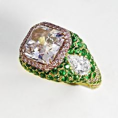 5.09 Carat Pink-Purple Diamond & Emerald Gold Ring