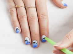 DIY nail art: How to do tropical palm trees using a straw and sponge
