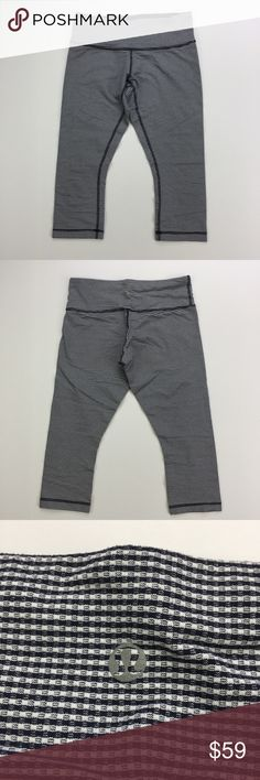 """Lululemon Wunder Under Crops in Inkwell Gingham Lululemon Wunder Under Crops in Inkwell (navy blue) Gingham print. Excellent used condition. Inseam is about 19"""". (400) lululemon athletica Pants Capris"""