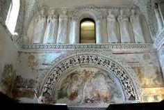 Arte lombardo en Italia (568-774) Decoración en estuco. SEIS SANTAS. 'Templete Lombardo', oratorio de Santa María in Valle, Cividale del Friuli, Udine, Italia © Wolfgang Sauber