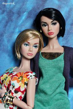 2 Mod Poppy girls by Bogostick, via Flickr