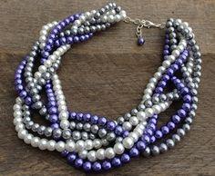 CAÍDA venta collar de perlas púrpura gris blanco seis filamento trenzado Cluster sobre cadena de plata collar nupcial de haileyallendesigns en Etsy https://www.etsy.com/mx/listing/165400871/caida-venta-collar-de-perlas-purpura