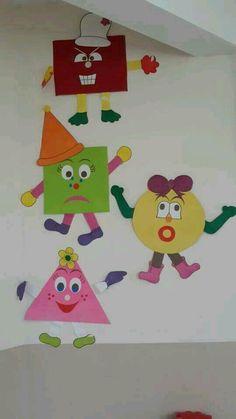 Fun ways to teach Kids by these Crafts Preschool Classroom, Preschool Learning, Preschool Activities, Teaching Kids, Decoration Creche, Class Decoration, School Decorations, Classroom Displays, Classroom Decor