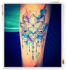 Resultado de imagem para tatuagens de flor de lotus