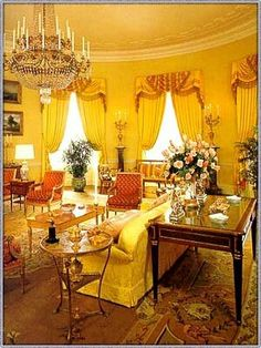 Yellow Oval Room Of The Whitehouse C 2000s White House Rooms Blue