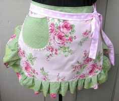 Items similar to Womens Aprons - Pink Roses Aprons - Shabby Chic Pink Aprons - Pink and Green Aprons - Annies Attic Aprons - Etsy Aprons - Bridal Shower Gift on Etsy Green Apron, Pink Apron, Retro Apron, White Apron, Aprons Vintage, Cool Aprons, Sewing Aprons, Shabby Chic Pink, Half Apron