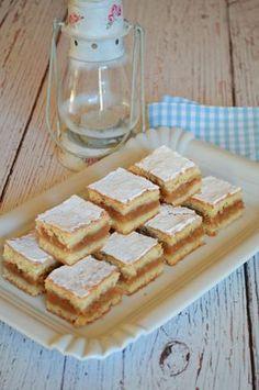 Régimódia almás linzer 2 Hungarian Desserts, Hungarian Cake, Hungarian Recipes, Hungarian Food, Apple Cake Recipes, Raw Food Recipes, Cooking Recipes, Cake Cookies, Cookies Et Biscuits