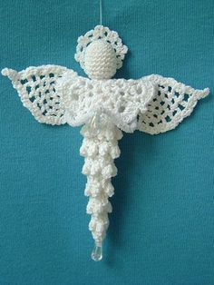 This beautiful angel is quick to make up and will look great hanging on your…