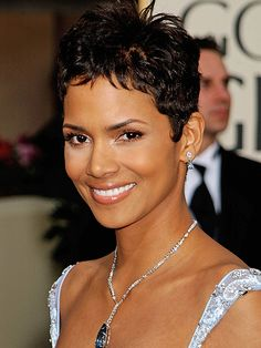 ... Halle Berry on Pinterest | Halle berry, Halle and Halle berry pixie  Halle Berry