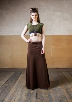 Elven Maxi Skirt combination for festival wear pixie clothing cyberpunk women streetwear and dark mori Festival Wear, Festival Fashion, Jedi Outfit, Apocalyptic Clothing, Pixie Outfit, Cyberpunk Clothes, Dystopian Fashion, Witch Dress, Steampunk Clothing