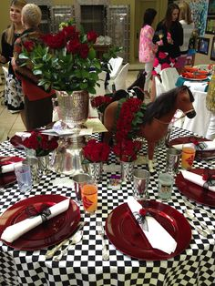 Kentucky Derby Party table