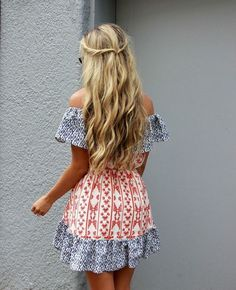 long blonde hair with loose curls