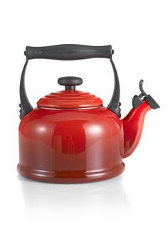 Le Creuset Fluitketel Tradition 2,1 liter rood