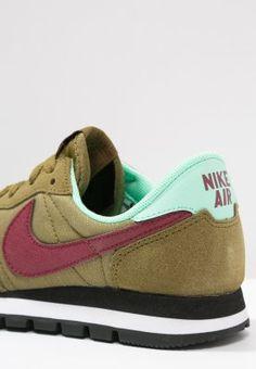 https://www.zalando.de/nike-sportswear-air-pegasus-83-sneaker-ni111s01q-n11.html