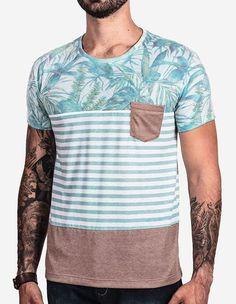 Camiseta com estampa exclusiva, listrada e em tons pastéis. Compre agora. - Hermoso Compadre
