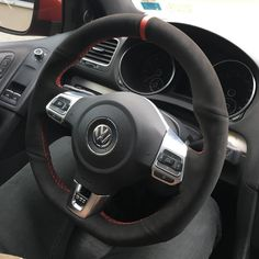 Welcome to Volkswagen UK. Discover all the information about our new, used & electric cars, offers on our models & financing options for a new Volkswagen today. Volkswagen Cc 2012, Volkswagen Phaeton, Volkswagen Golf R, Vw R32, Mk6 Gti, Vw Amarok, Vw Passat, Jetta A4, Used Electric Cars