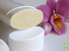 Vegyszermentes krémdezodor - házilag Beauty Bar, Diy Beauty, Homemade Deodorant, Diy Lotion, Soap Bubbles, Natural Life, Make Design, Natural Cosmetics, Home Remedies
