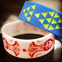 Just had some very jazzy silicone come in for a party! #glowinthedark #silicone #promobands #fashionbands #bracelets #party #parties