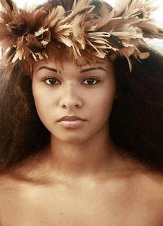 Hawaii-Hula Dancer